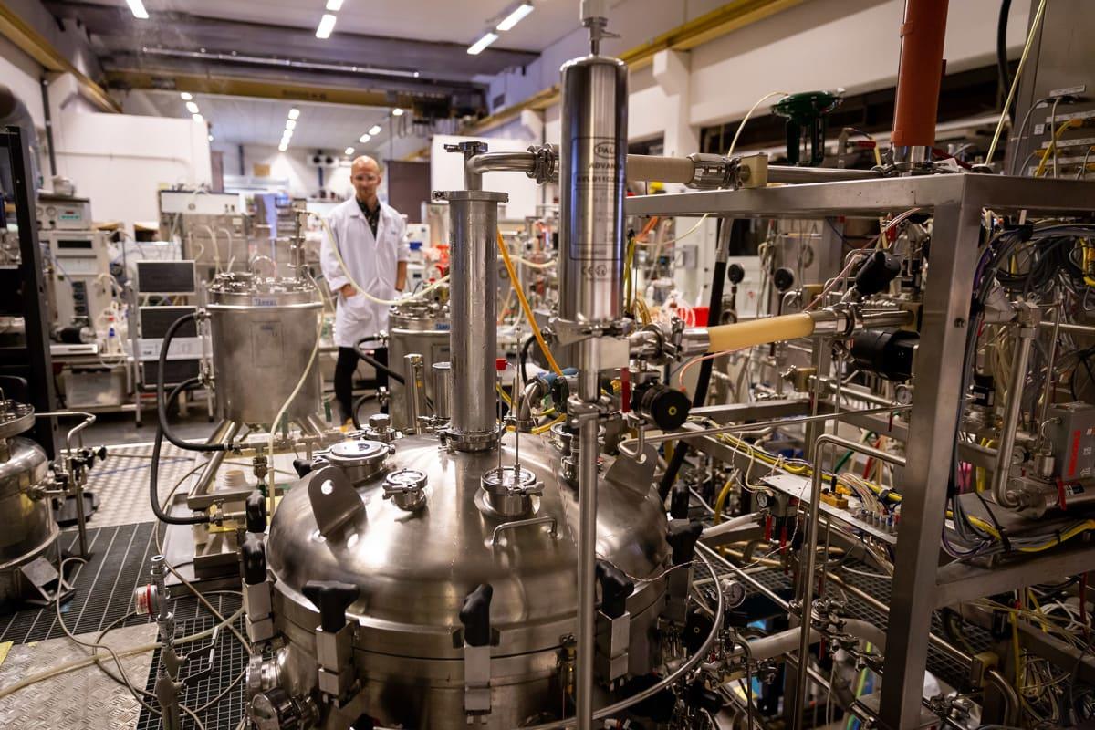 VTT:n tutkija ja biotekniikan tohtori Lauri Reuter, VTT:n laboratorio, Espoo, 21.8.2018.