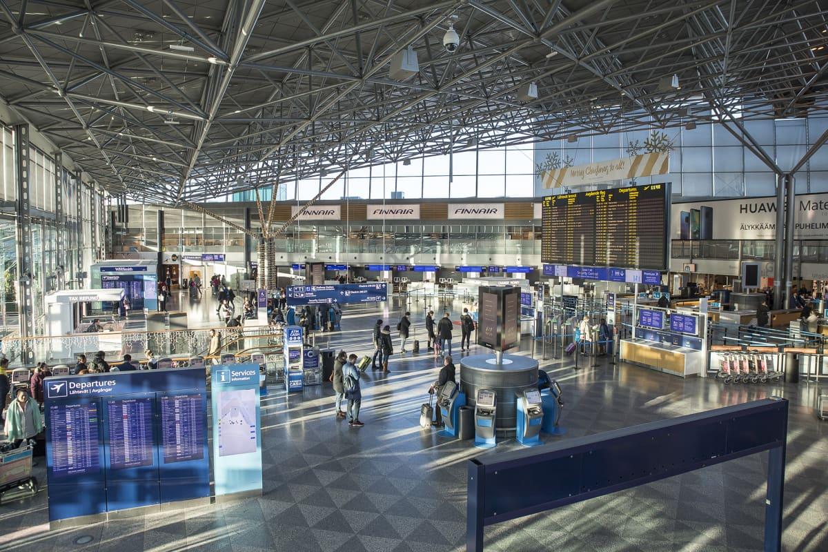 Terminaali kaksi sisältä Helsinki-Vantaan lentoasemalla