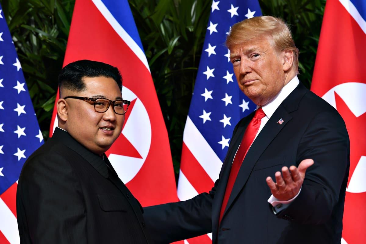 Donald Trump ja Kim Jong-un yhteiskuvassa 11. kesäkuuta 2018.