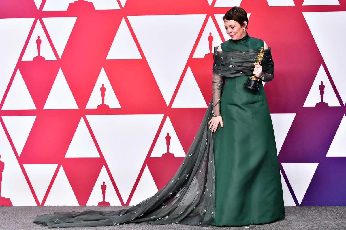 Olivia Colman sai parhaan naispääosan palkinnon.