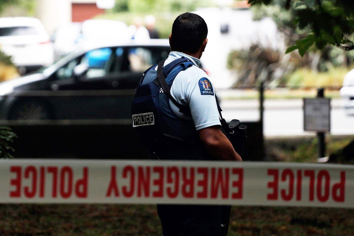 Poliisin eristämä tapahtumapaikka