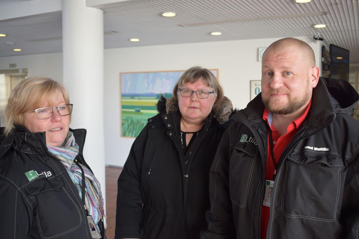 Laitilan kaupungin valvontaryhmään kuuluvat johtaja-sosiaalipalveluohjaaja Anitta Keskitalo, valvontapäällikkö Ritva Miesmaa ja sosiaali- ja terveysjohtaja Jussi Mattila.