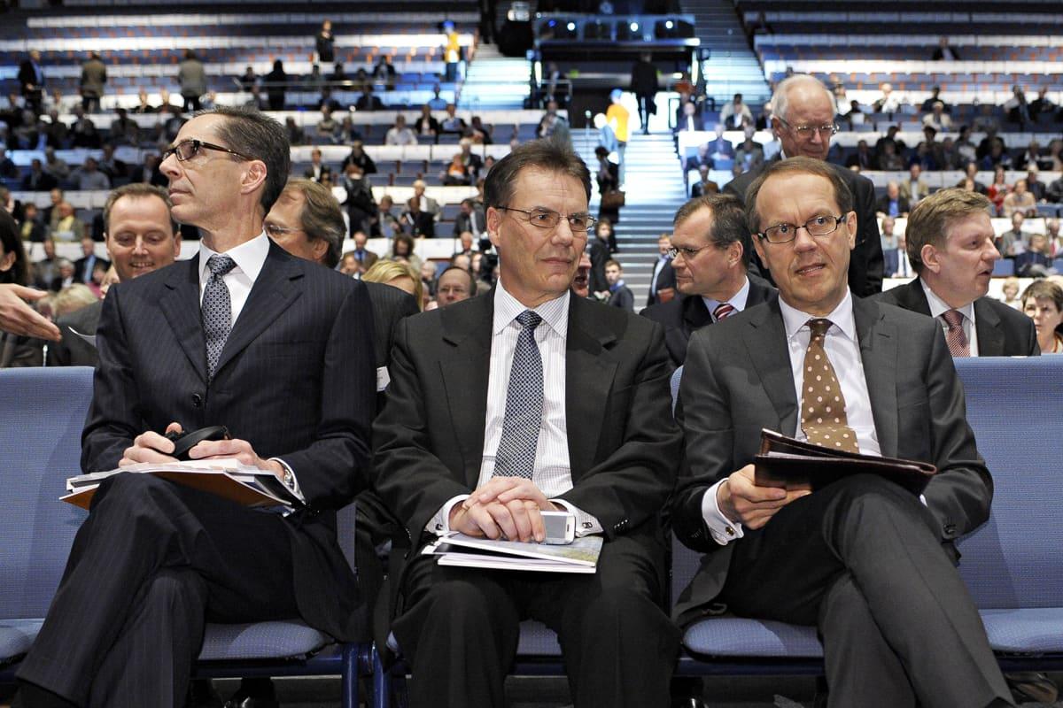 Nokian johtoa vuoden 2009 yhtiökokouksessa.