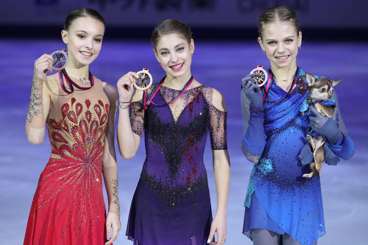 Anna Shtsherbakova, Alena Kostornaja ja Aleksandra Trusova