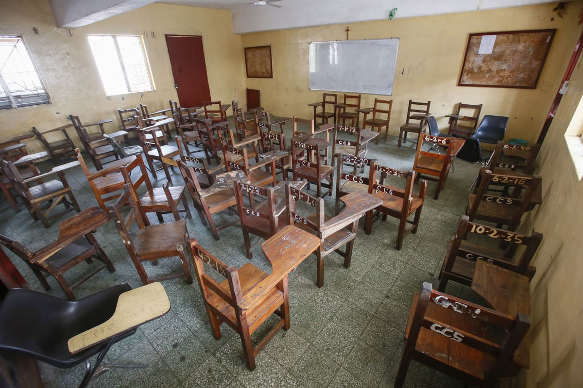 Liberian hallitus on sulkenut koulut viikoksi.
