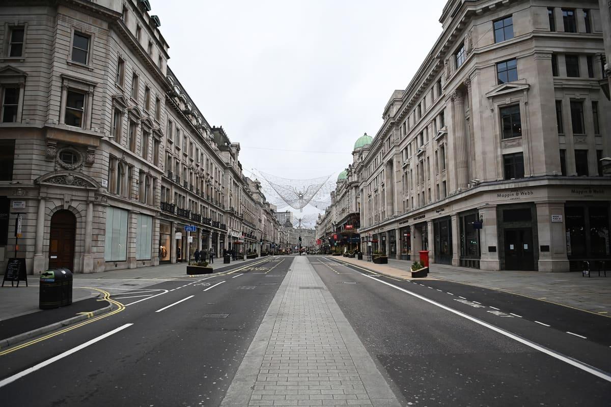 Lontoon keskusta autioitui normaaliloissa vilkkaiden alennusmyyntipäivien aikana.