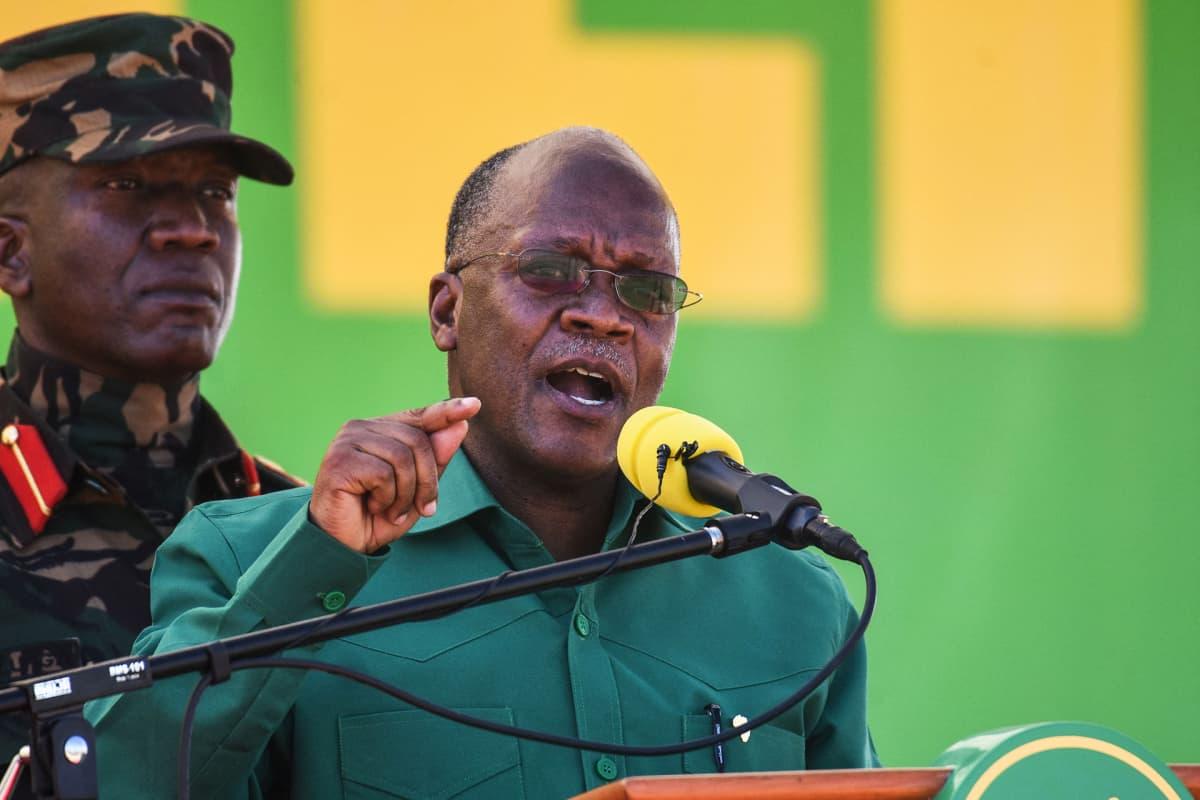 John Magufuli puhuu puolueensa kampanja-avauksessa elokuussa 2020.