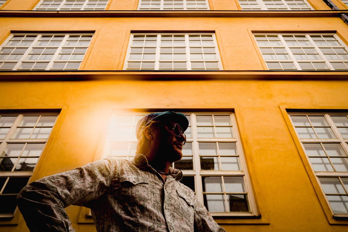 Tuomas Sara, Rettigin vanha tupakkatehdas