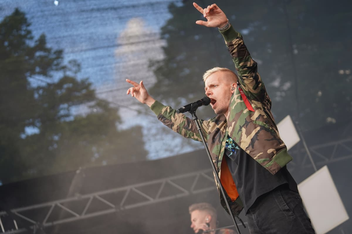 Elastinen, Aura Fest