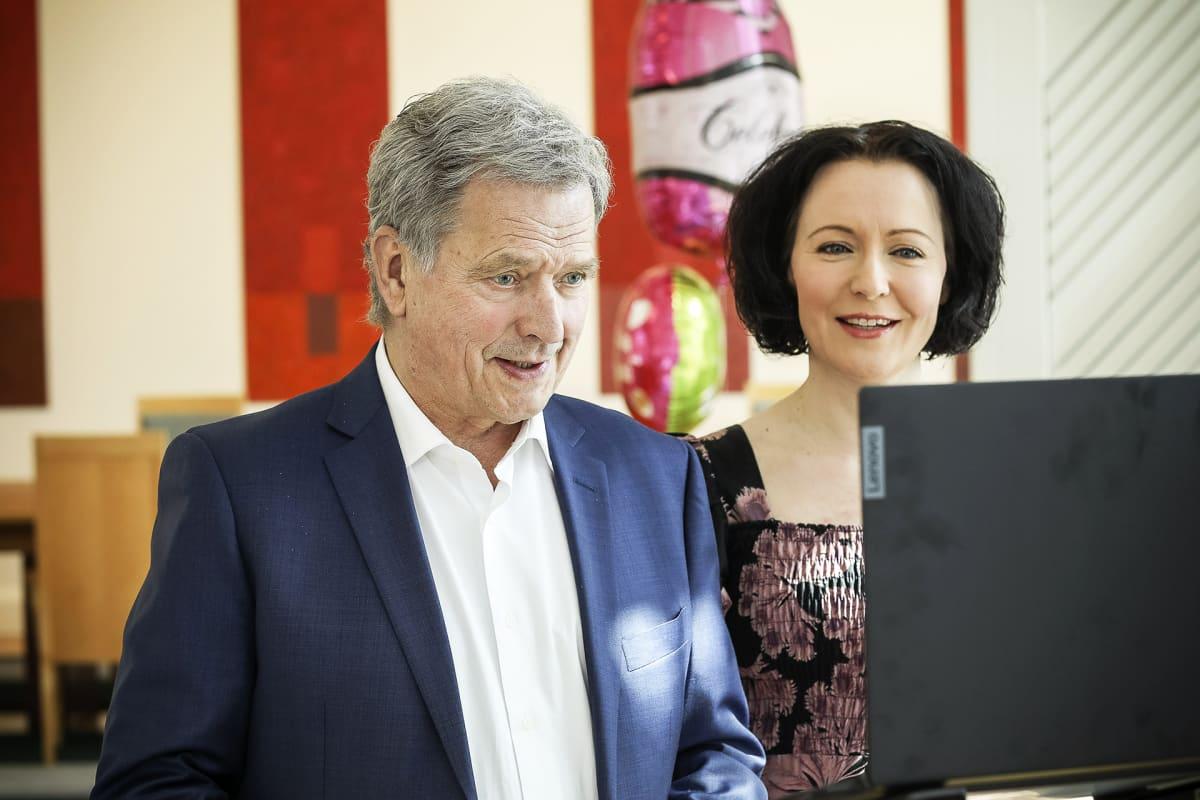 Tasavallan presidentti Sauli Niinistö ja rouva Jenni Haukio