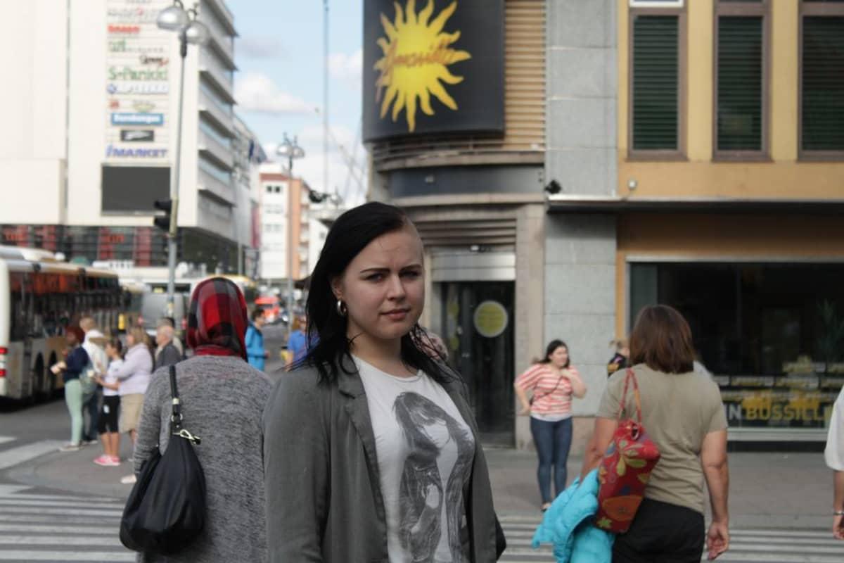 Elektra Kamotskin.