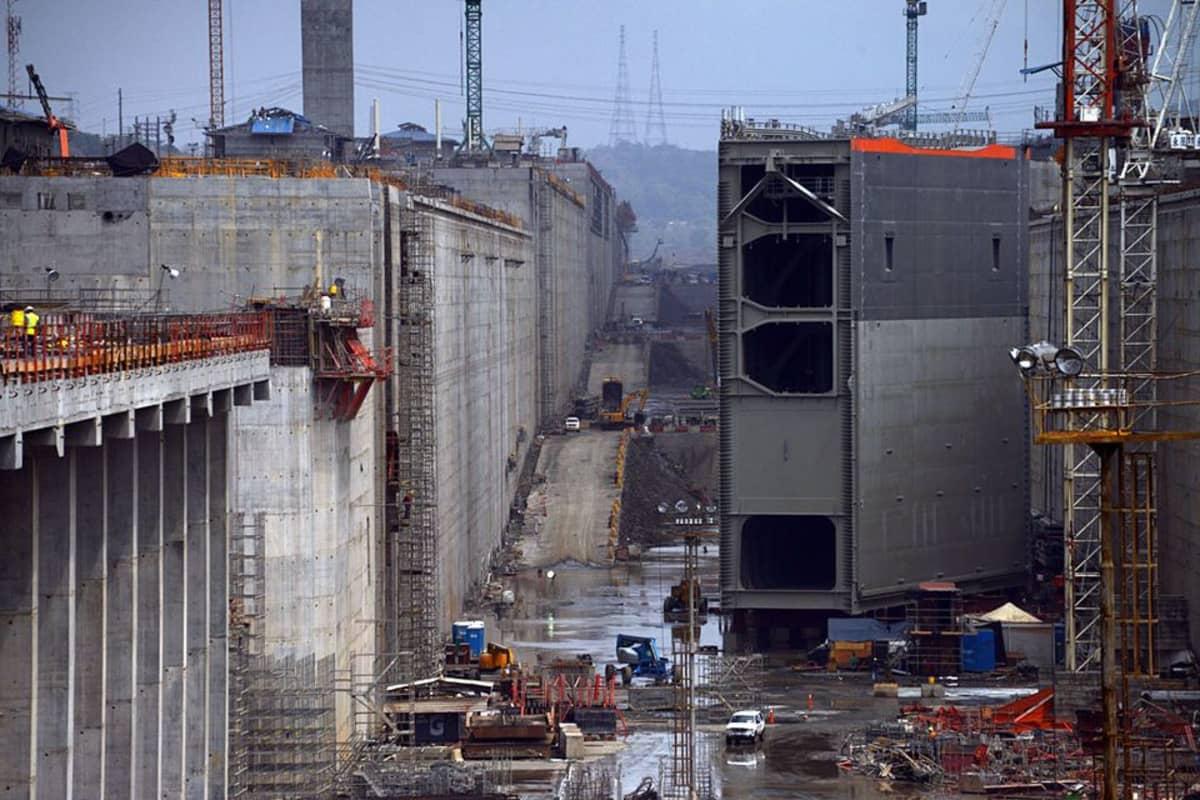 Panaman kanavan uudet sulut valmistuvat ensi syksynä ja laivat siirtyvät tänne ensi vuoden alussa.