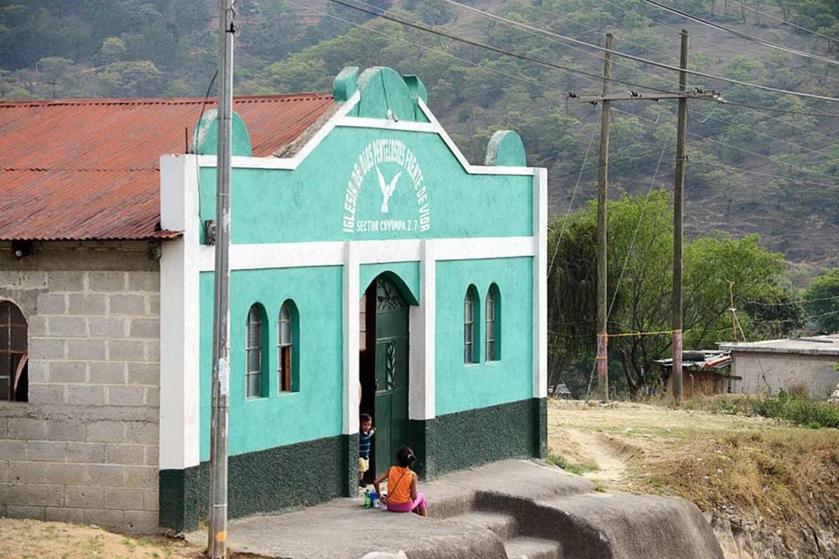 Helluntaikirkko Guatemalassa.
