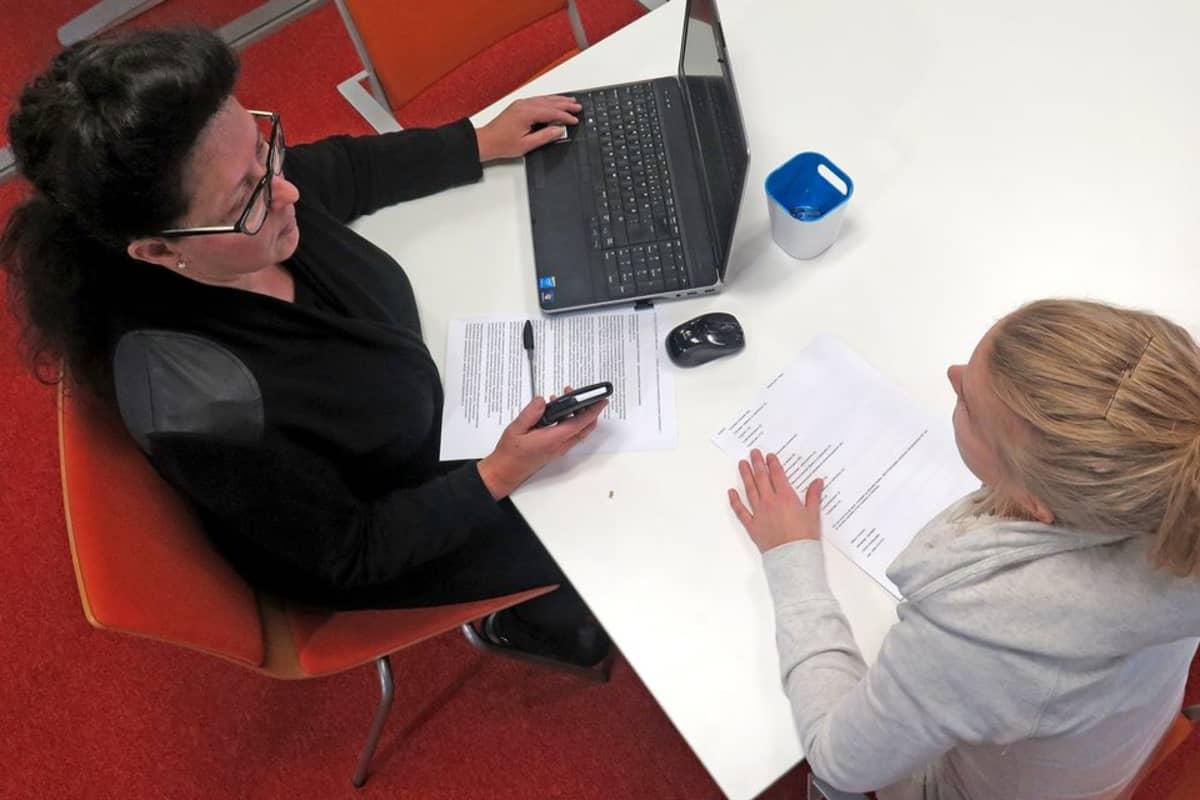 Työhönottohaastattelu