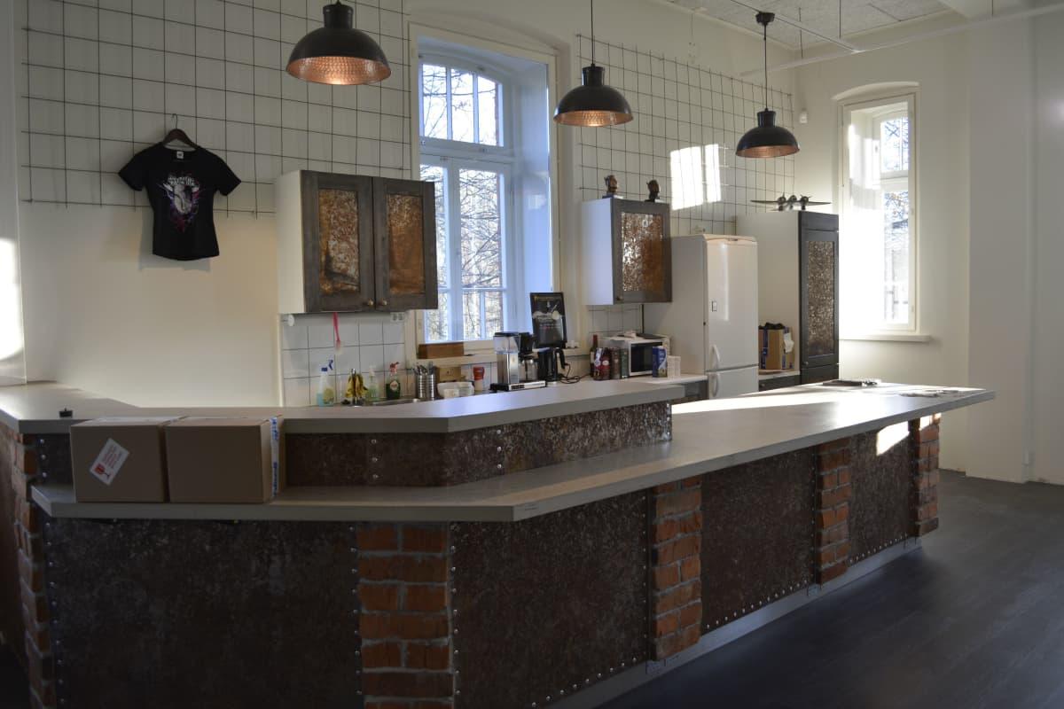 Apulanta-museon kahvila tekovaiheessa.