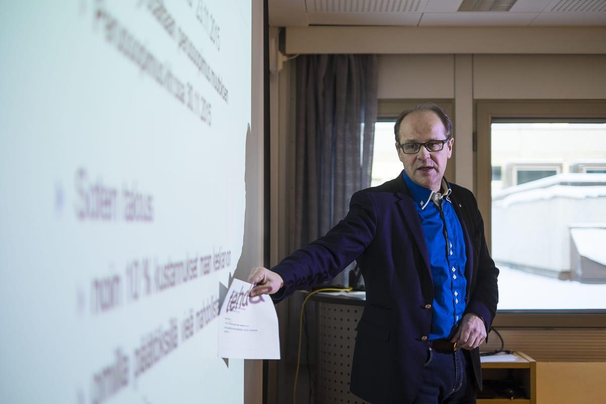 Kokkolan kaupunginhallituksen puheenjohta Veikko Laitila.