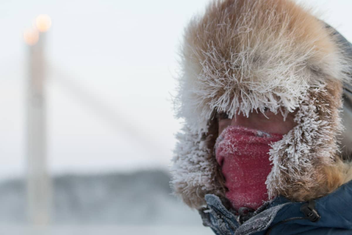 Pakkanen, Alex Sìmon, Rovaniemi
