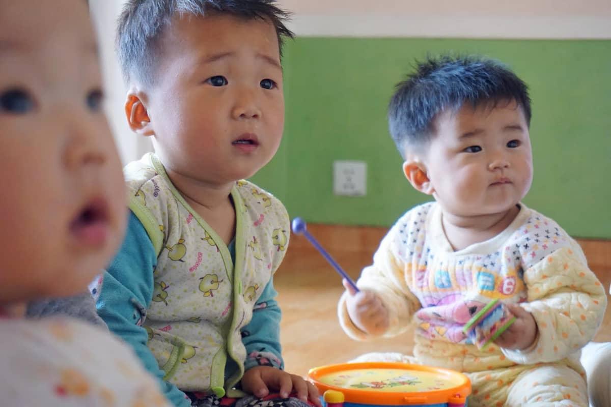 Jangchonin osuuskuntatilan lastentarhasta ei materiaalisesti näyttänyt puuttuvan mitään.