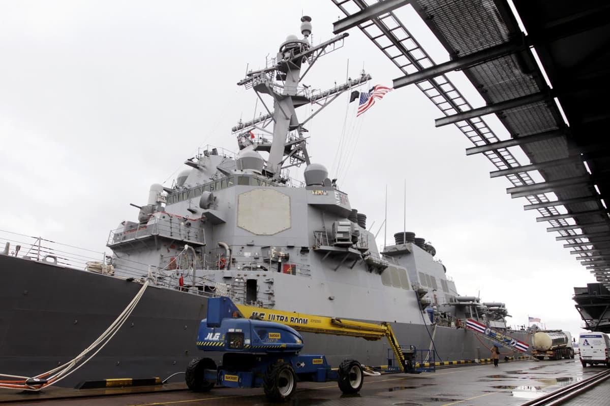 Ohjuspuolustusjärjestelmään kuuluva amerikkalainen hävittäjä Donald Cook Riian satamassa