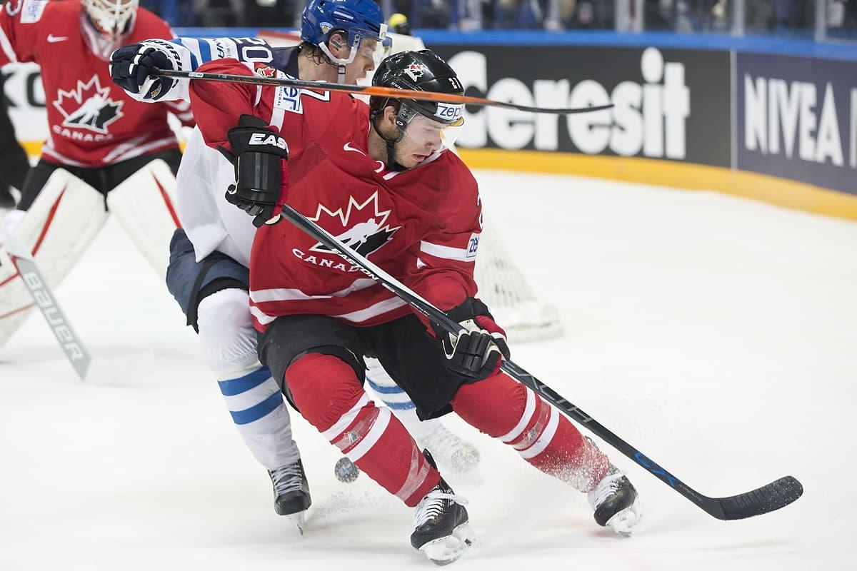 Kanada ja Suomi kaukalossa