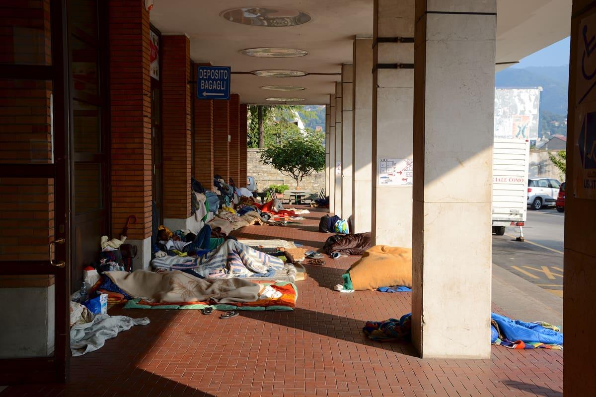 turvapaikanhakijoiden makuupaikkoja
