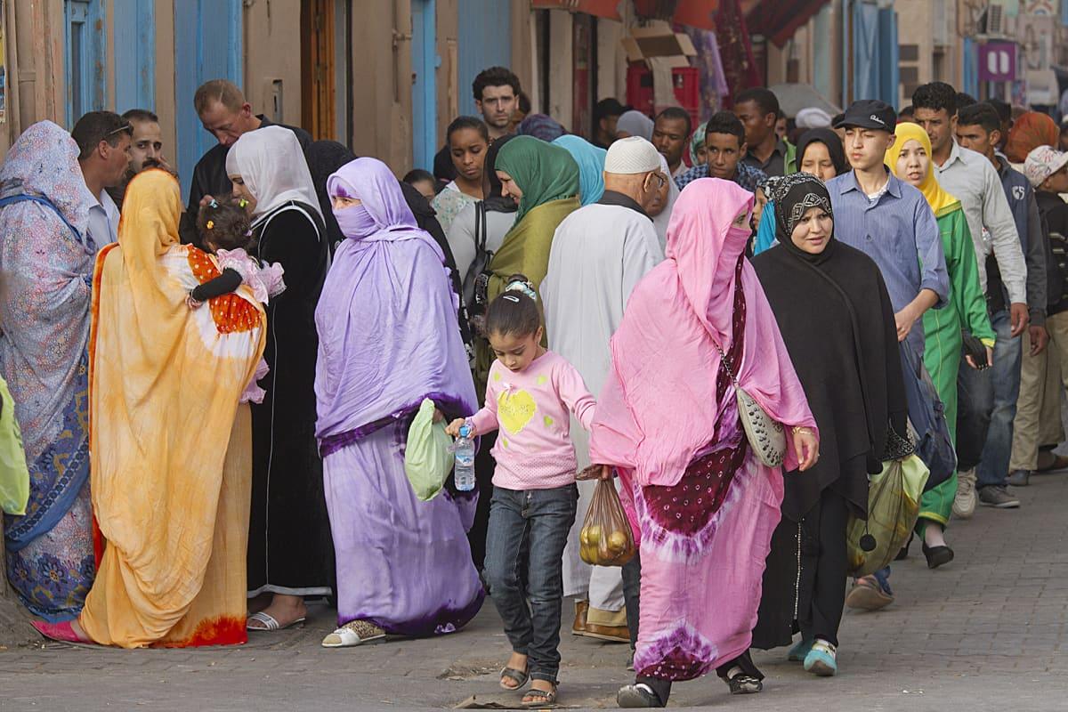 Katukuvaa Tiznitistä, marokosta.