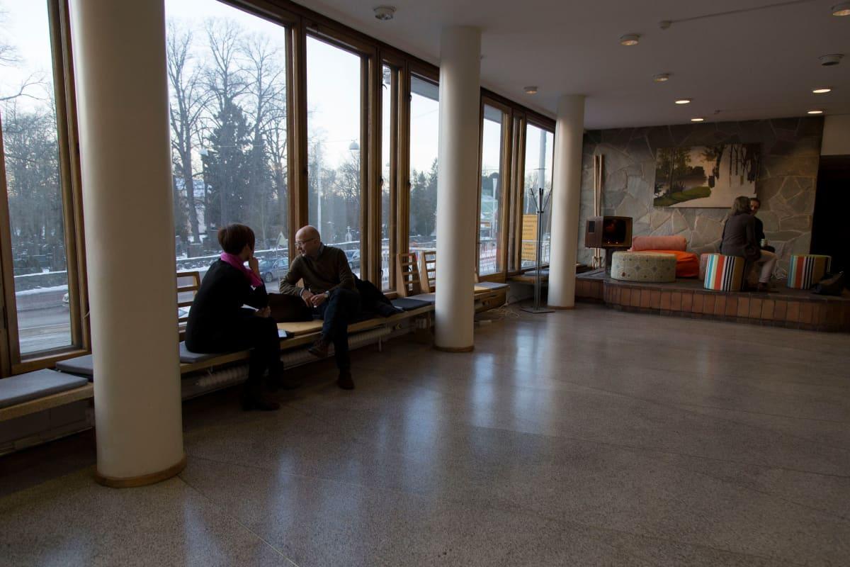 Entisessä Marian sairaalassa toimii nyt Pohjoismaiden suurin kasvuyritysten keskittymä. Talon ensimmäiseen kerrokseen avautuu pian kaikille avoin ravintola.