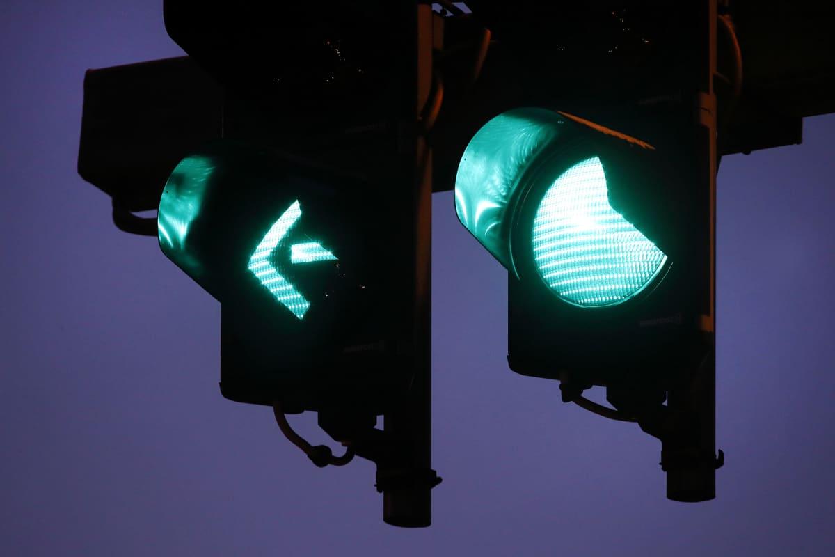 Vihreät liikennevalot.