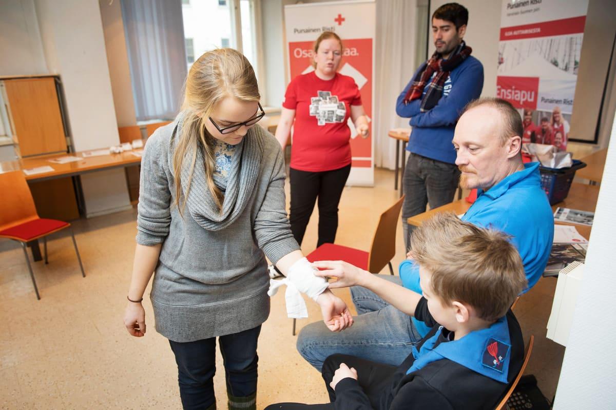 Suomen punaisen ristin auttajakurssi 2017