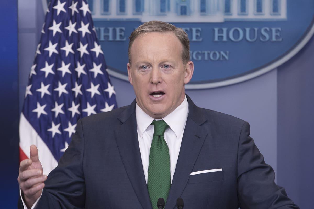 Valkoisen talon lehdistöpäällikkö Sean Spicer.