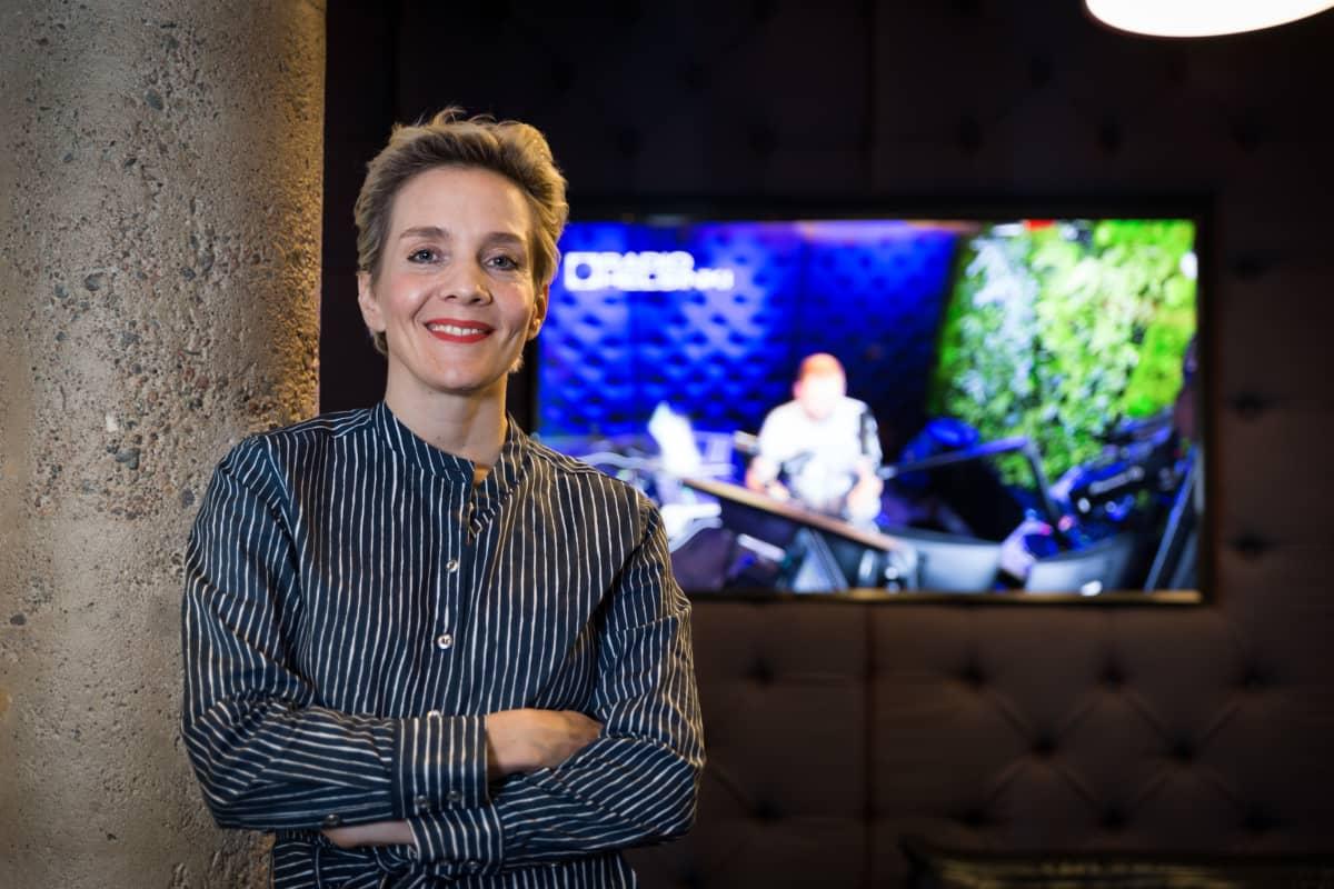 Maria Veitola palasi Radio Helsinkiin, kun sai varmuuden siitä, että voi keskittyä sisältöön.