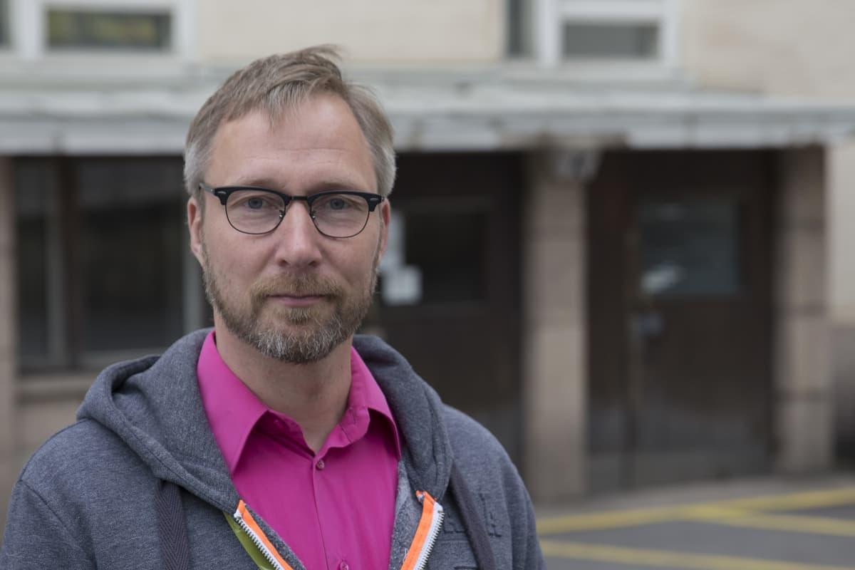 Pertti Hakkarainen, psykologi, HUS Seri-tukikeskus