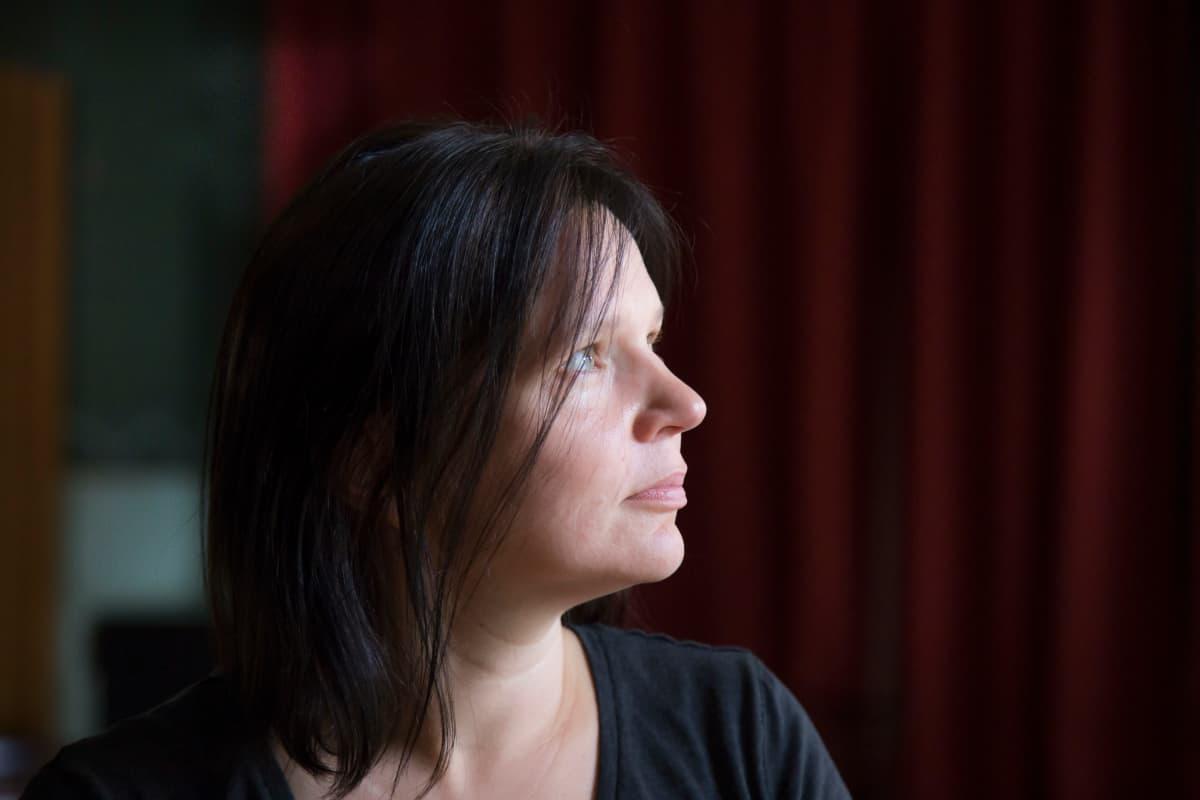 Ohjaaja, näyttelijä Sanna Hietala