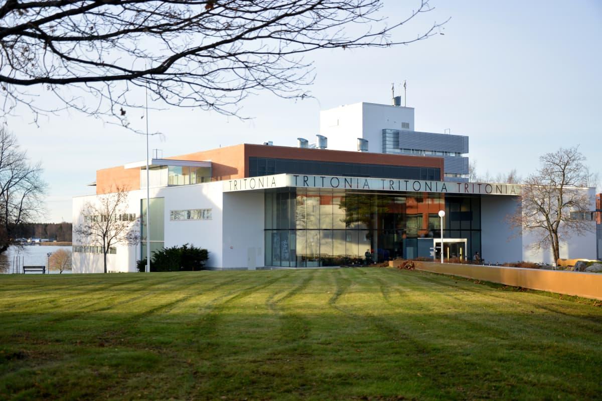 Vaasan yliopiston tiedekirjasto Tritonia.