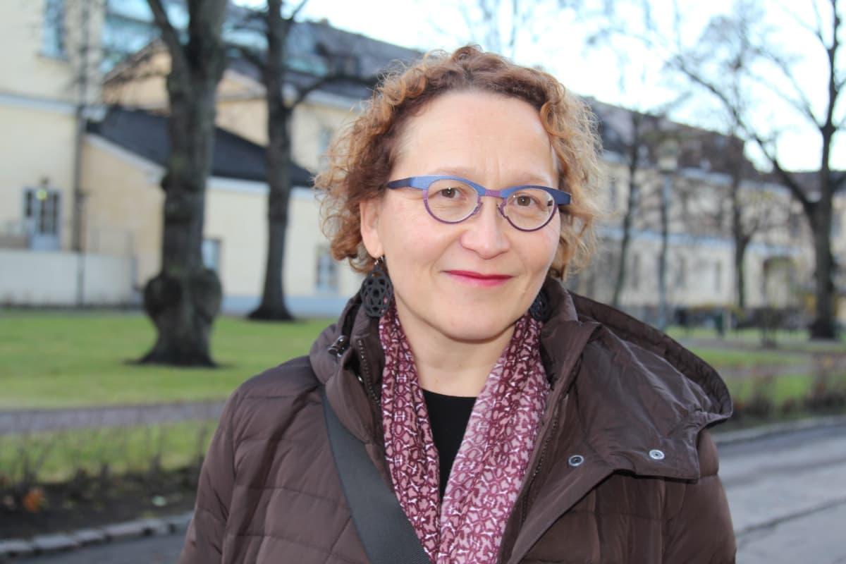 Tukholman yliopiston elokuvatutkimuksen professori Anu Koivunen