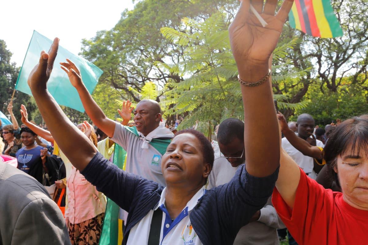 Mielenosoitus Hararessa sunnuntaina