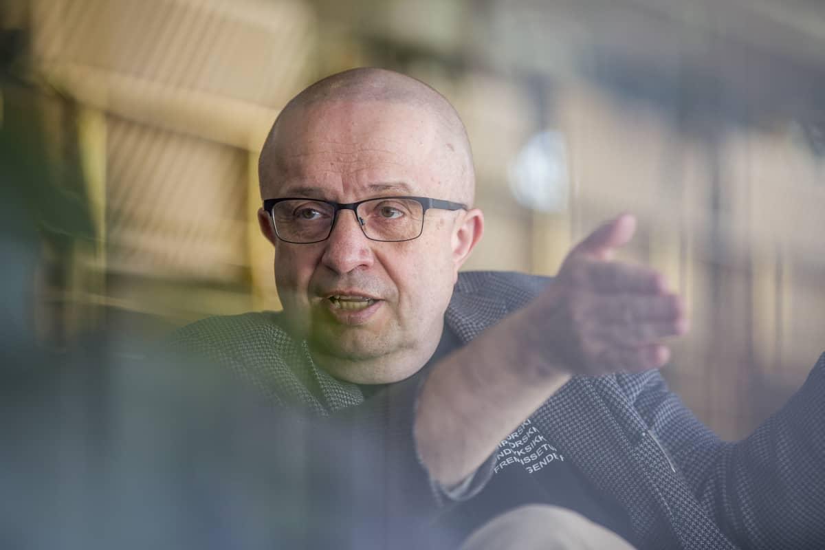 Akateemikko, ilmakehätutkija Markku Kulmala.