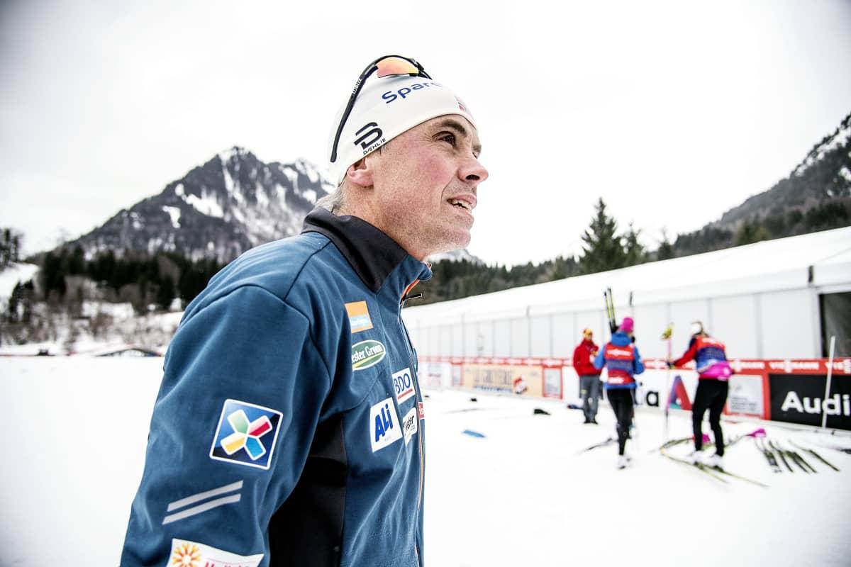 Vidar Löfshus, Norjan hiihtomaajoukkueen ex-pomo