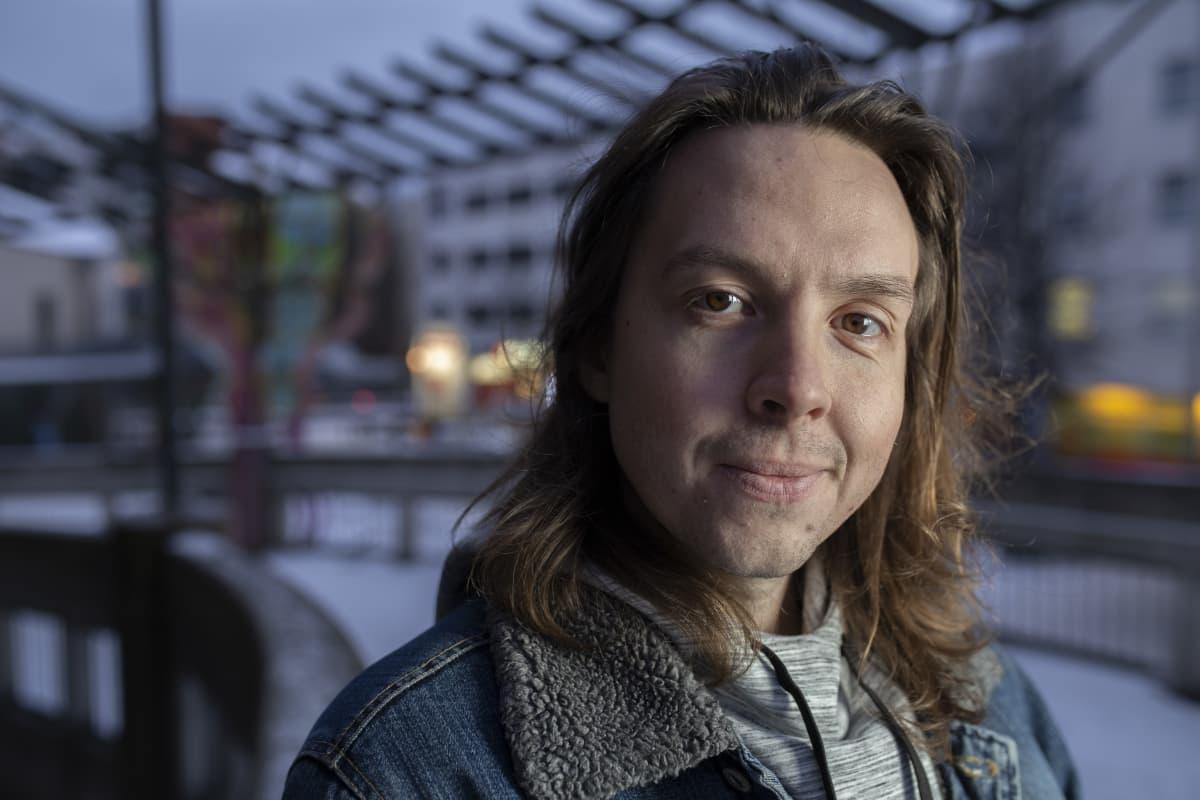Näyttelijä Jussi Lankoski