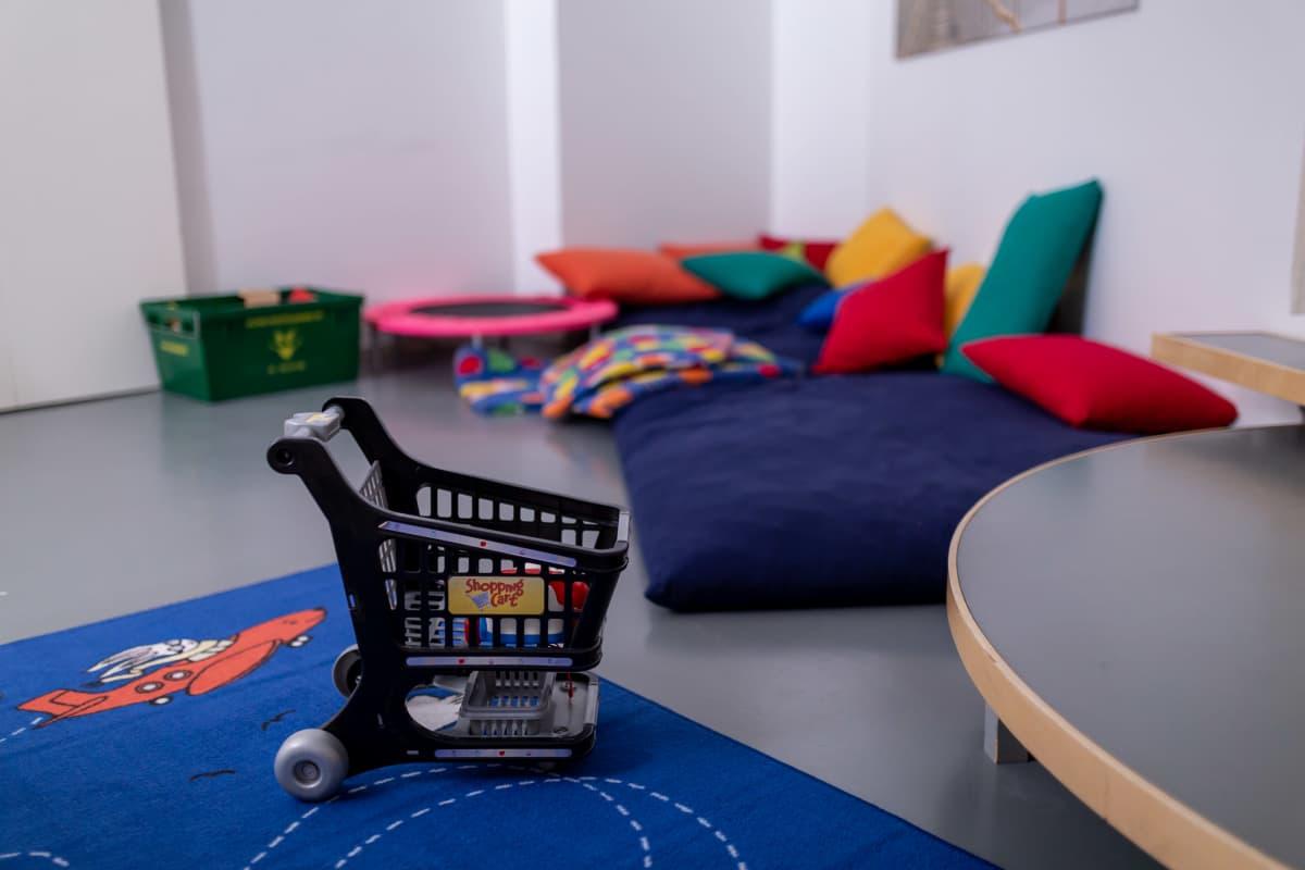 Turvakodin yksi huoneista, lasten leikkihuone, Pääkaupungin Turvakoti ry, Etelä-Haaga, 14.1.2019.