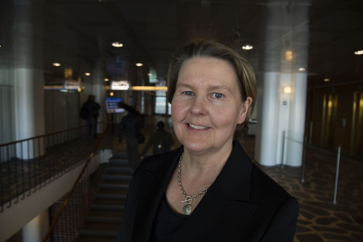 Anu Kärkkäinen, johtaja, Rakennusteollisuus.