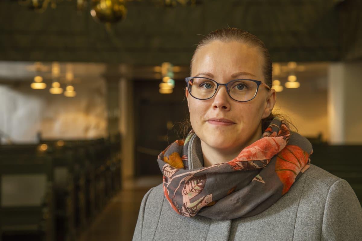 Henkilökuvassa Sanna Päivärinta Porvoon kaupungin kestävän kehityksen asiantuntija
