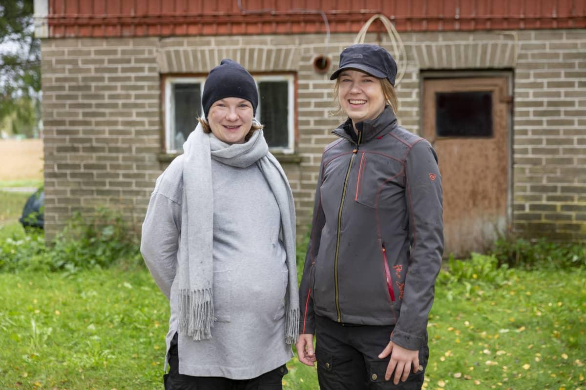 Sanna Pönni, Moona Pönni