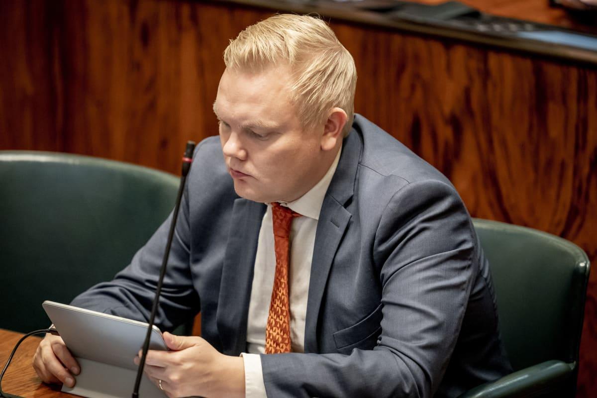 Antti Kurvinen eduskunnassa 12.9.2019