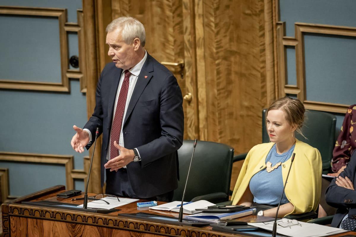 Antti Rinne ja Katri Kulmuni  eduskunnassa 12.9.2019