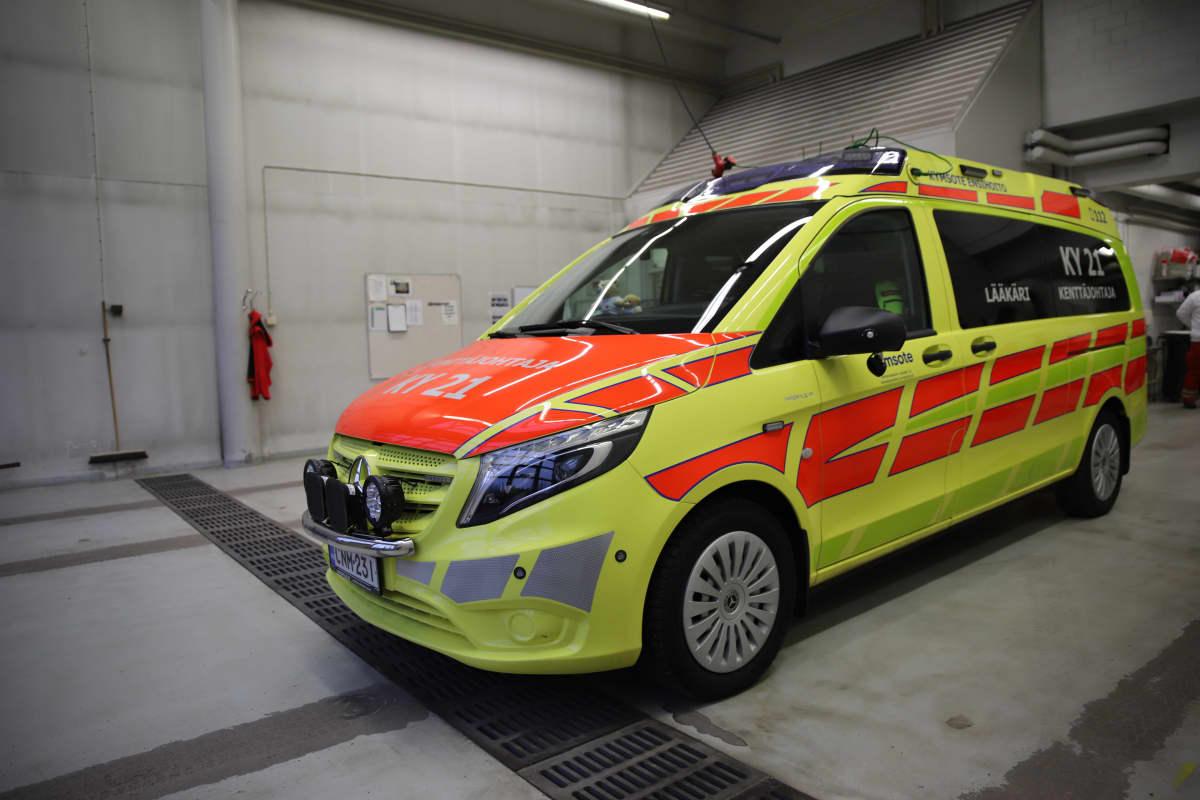 Ambulanssi tallissa