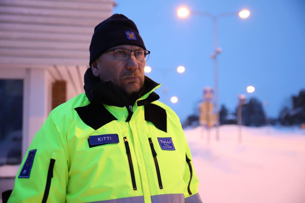 Oula Kitti on Karigasniemen tullin päällikkö.