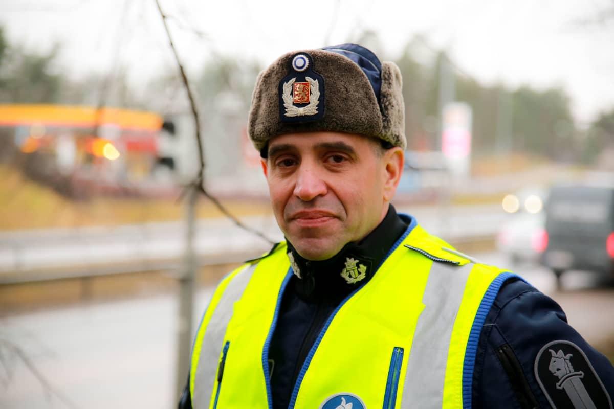 Dennis Pasterstein, Poliisin liikenneturvallisuuskeskuksen johtaja, Ylikomisario Helsingin poliisilaitos