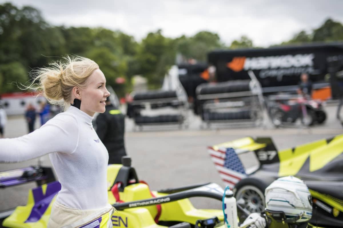 Emma Kimiläinen i W Series.