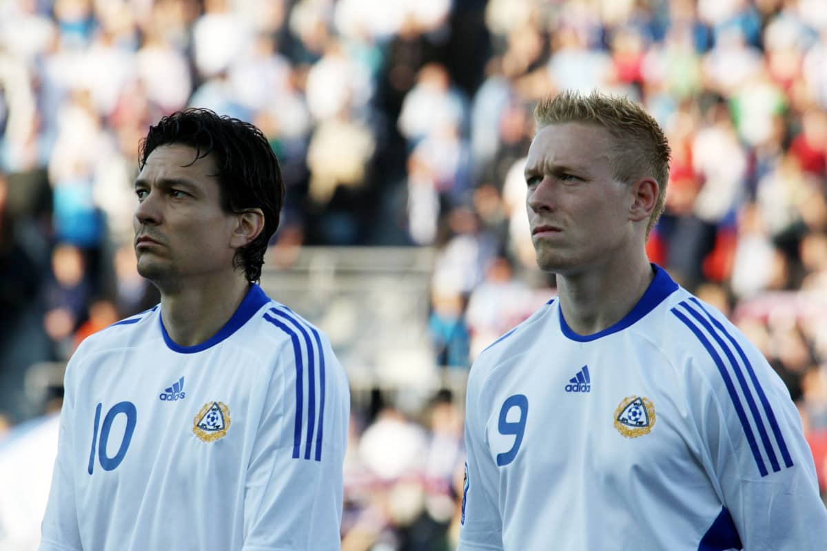 Jari Litmanen och Mikael Forssell i landslaget.